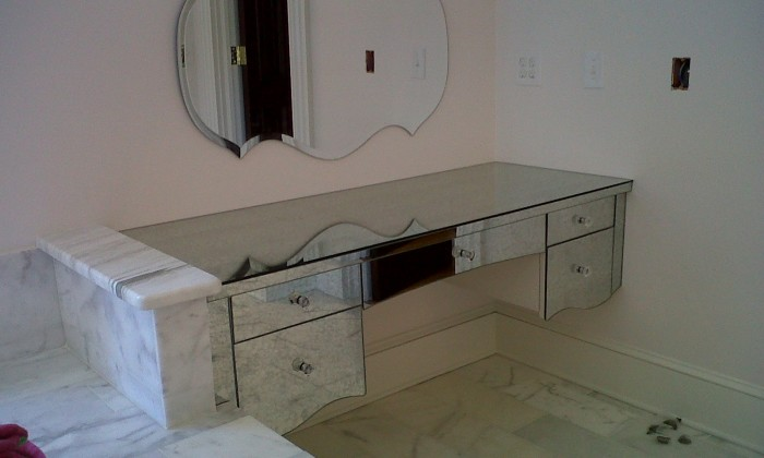 Custom Mirrors - Dress up your home with custom mirrors